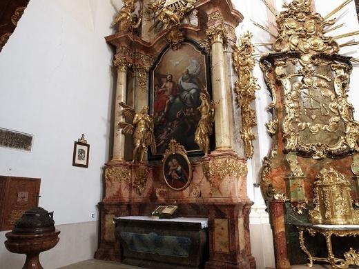 Zirci Apátság látogatás, barokk művészettörténeti értékek, tárlatvezetés Zircen