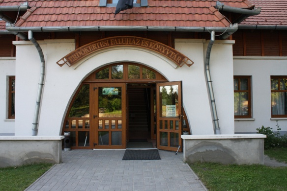 Erdőkertesi Faluház és Könyvtár