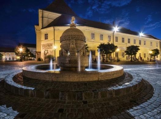 Székesfehérvári nyári programok 2020. Mindigmás városnéző séták