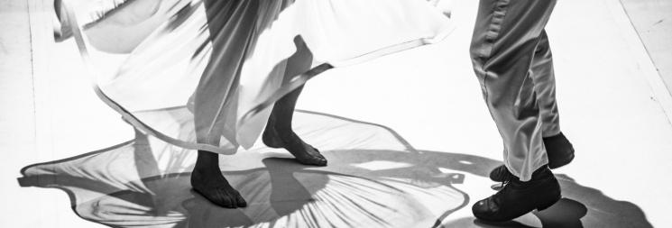 Táncszínház előadások 2020. A VÁLTOZATLANSÁG HULLÁMHOSSZA, előadás Szepes Mária-regénye alapján