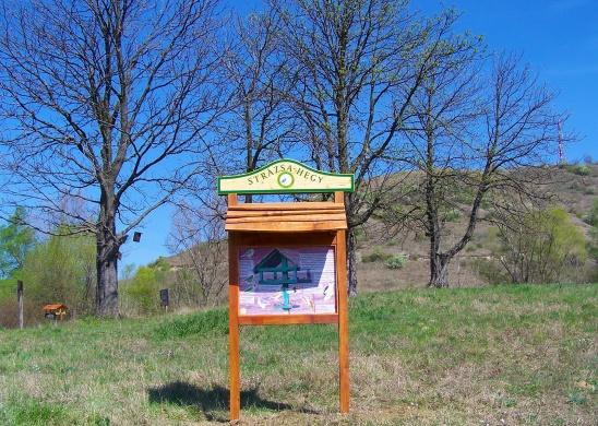 Strázsa-hegyi tanösvény Esztergom, ökotúra a Duna-Ipoly Nemzeti Parkban