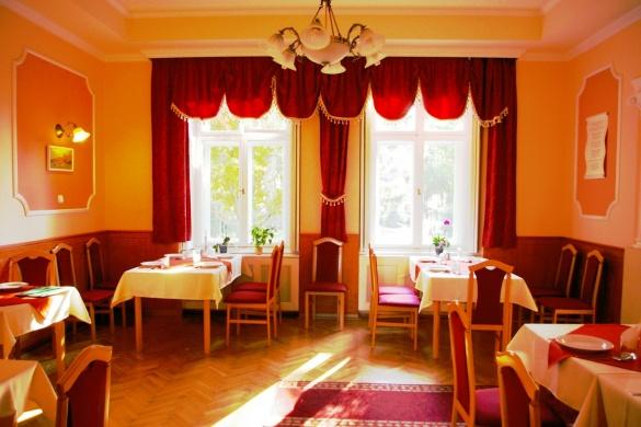 Kovács - kert Étterem