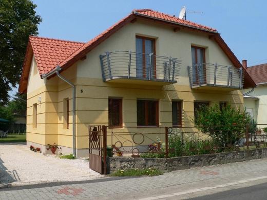 Frank Apartmanház Balatonboglár