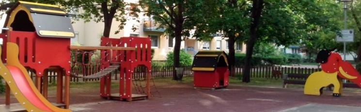 Kékvirág játszó- és pihenőpark Budapest