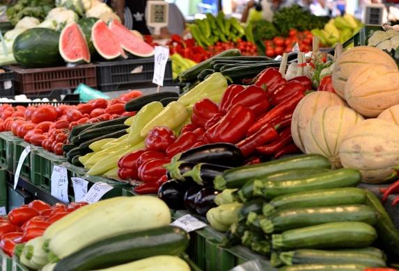 Rózsakert termelői piac Békéscsaba