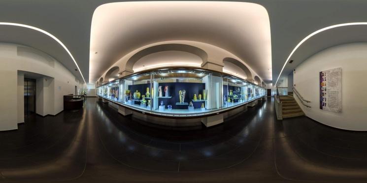 Gyugyi-gyűjtemény, a Zsolnay Aranykora kiállítás megtekintése