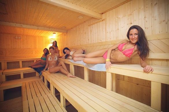Éjszakai szaunázás szombatonként Gyopárosfürdőn, a Gyopárosi Szaunaparkban