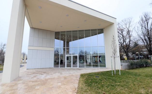 Zsdrál Art Balaton Kortárs Művészeti Galéria Balatonfüred